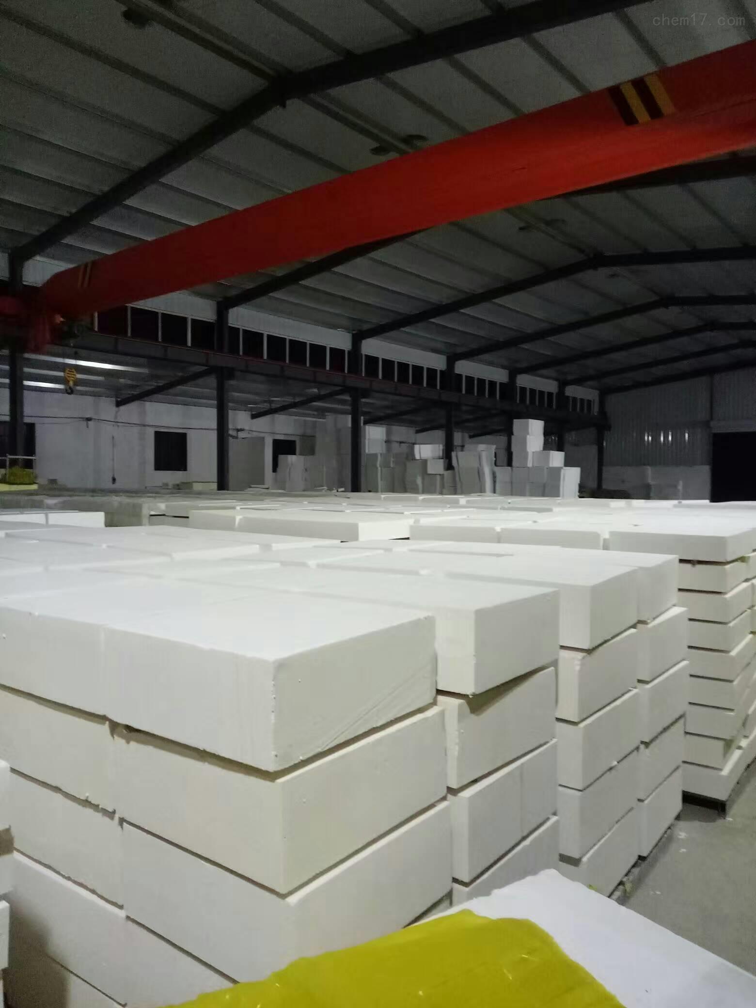 Z新消息热固复合硅质聚苯板多少钱一立方