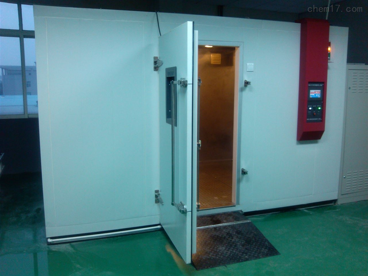 惠州步入式恒温恒湿试验室