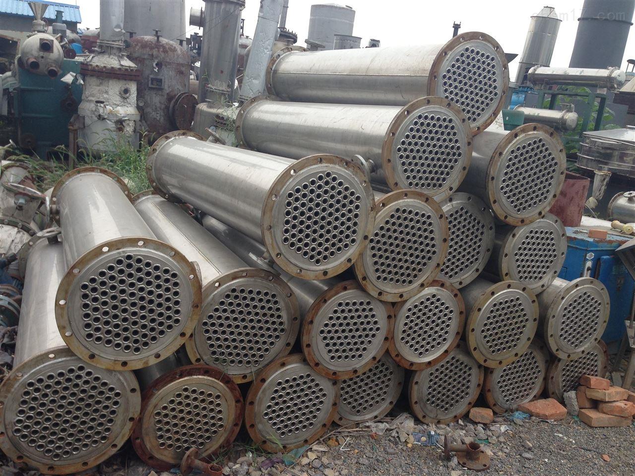 高价回收15平方不锈钢列管冷凝器