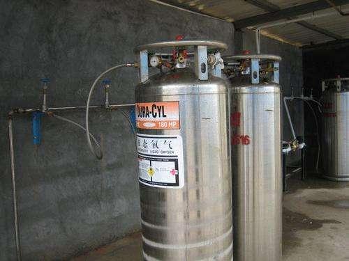 液氧供气罐