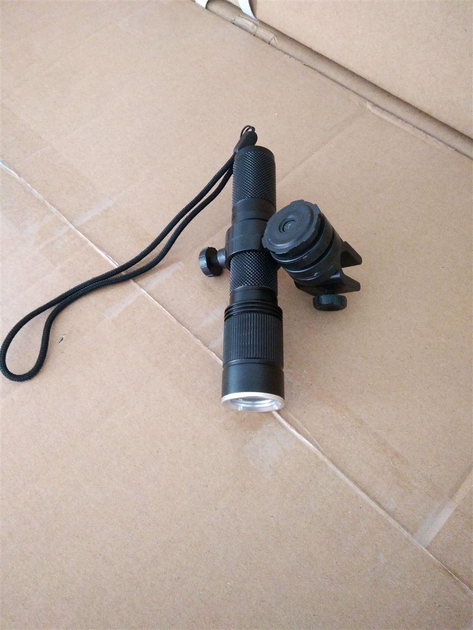 微型强光手电,yf7300固态强光防爆电筒
