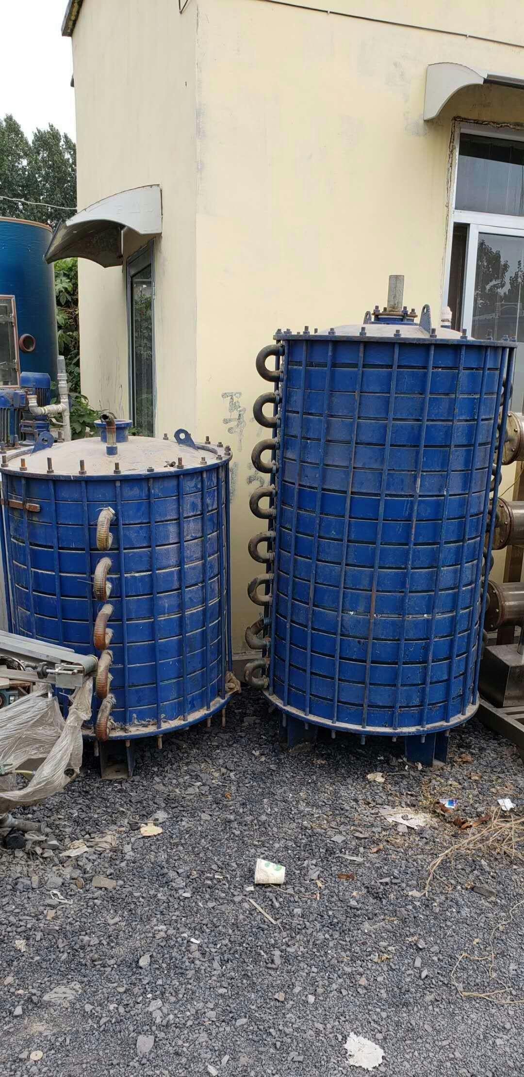 二手搪瓷冷凝器工作突出的特点介绍